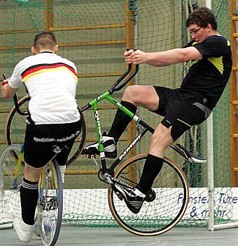 Stein neuer Spitzenreiter der 1. Radball-Bundesliga