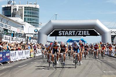 5000 Radfahrer beim 24h-Rennen von «Rad am Ring»