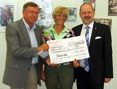 «Schleizer Dreieck» Jedermannrennen unterstützt Kinderhilfestiftung e. V. Jena