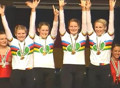 WM-Gold im 4er und 2er Kunstfahren der Frauen und weitere Weltrekorde