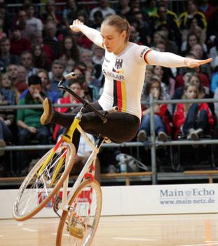 DM-Halle: Hein sichert sich DM-Gold - Erste Medaillen in Baunatal vergeben