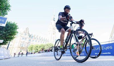 Beim größten Jedermannrennen Europas werden wieder um die 20.000 Teilnehmer erwartet. Foto: Getty Images for VELOTHON/IRONMAN