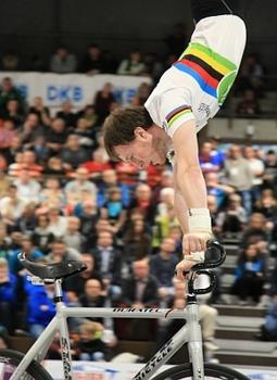Kunstrad: Ex-Weltmeister Niedermeier beendet Karriere