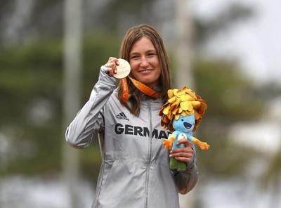 Paralympionikin Schindler fährt Tour Transalp