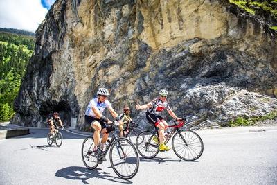 Der Engadin Radmarathon gehört zu den schönsten, aber auch zu den schwersten Radmarathons der Alpen. Foto: Henning Angerer