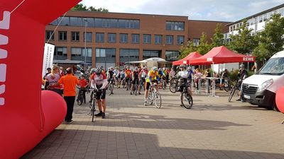 Beim Bundes-Radsport-Treffen in Hannover gingen heute wieder über 500 Radler auf die Strecke. Foto: Bernd Schmidt