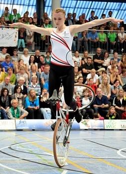 Kunstradsportler fahren bei 1. German Masters um erste WM-Qualifikation