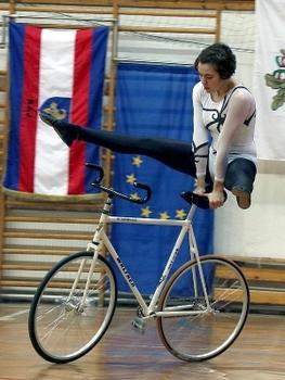 Internationaler Deutschlandpokal erwartet die besten Kunstradsportler