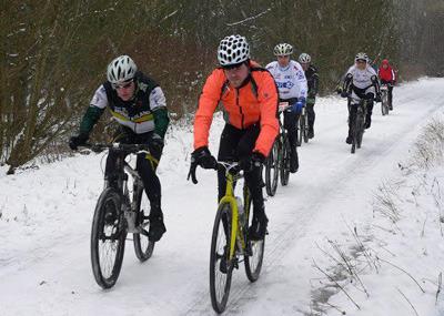 Eis und Schnee sind nur ein Hindernis für Radfahrer im Winter. Foto: Archiv
