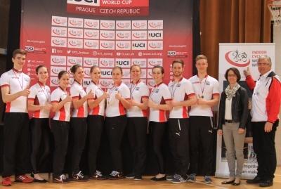 Daumen hoch: In vier Disziplinen waren die deutschen Athletinnen und Athleten in Prag erfolgreich, einmal die Schweizer. Foto: Wilfried Schwarz