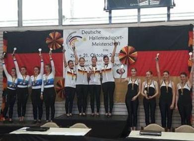 RKV Denkendorf (Mitte) holte den DM-Titel im 4er Kunstfahren. Foto: privat
