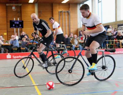 Stein 1 übernimmt Spitze in 1. Radball-Bundesliga