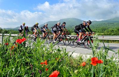 E-Bike-Fahrer auf der Strecke des Giro d'Italia. Foto: Veranstalter
