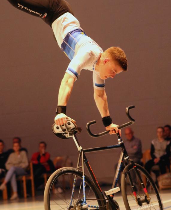Europameister Tim Weber fuhr Weltrekord im 1er Kunstfahren der Junioren. Foto: Wilfried Schwarz