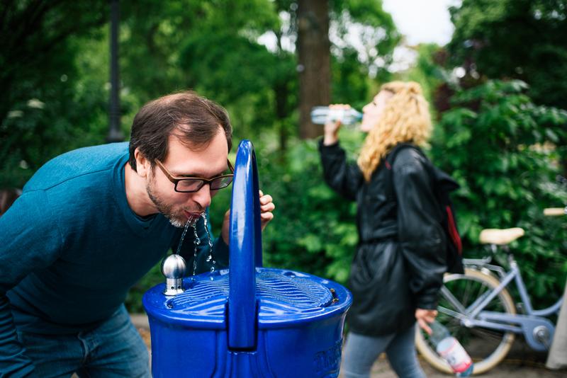 50 Trinkwasserstationen sollen künftig als Service am Ruhrtal-Radweg bereitstehen. Foto: a tip:tap / Lena Ganssmann