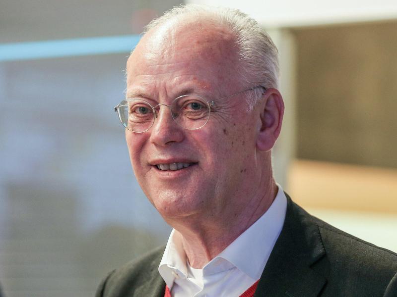 Rudolf Scharping ist weiterhin Präsident des BDR. Foto: Andreas Gora/dpa